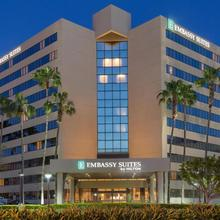 Embassy Suites Irvine - Orange County Airport in Santa Ana