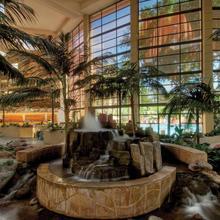 Embassy Suites Phoenix - Biltmore in Phoenix