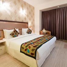 Emblem Hotel @ Hero Honda Chowk, Gurugram in Manesar