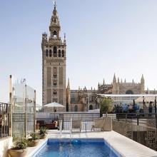 Eme Catedral Hotel in Sevilla