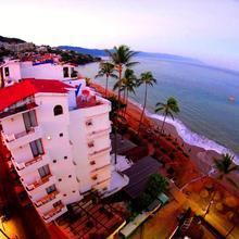 Emperador Vallarta Beachfront Hotel And Suites in Puerto Vallarta