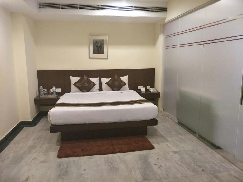 Enkotel Premier Hotel in Alwar