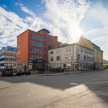 Enter Amalie Hotel in Tromso
