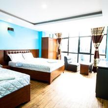 Everest Holiday Inn in Kathmandu