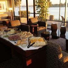 Executive Inn & Suites - Oakland Waterfront in Berkeley