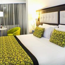 Expo Suites Parque Bavaria in Bogota