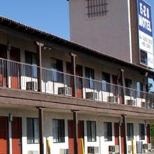 Ez 8 Motel Palmdale in Lancaster