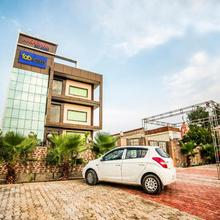 FabHotel Glorify Stay Mathura in Mathura