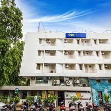 Fabexpress Kalyan Hotel in Vadodara