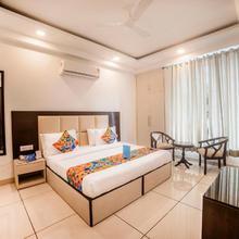 FabHotel Petals Inn Noida in Faridabad