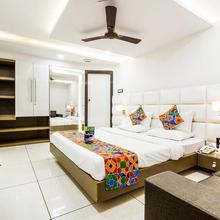 Fabhotel Rajnandani Residency Bhawarkuan in Indore