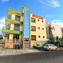 Fabhotel Silver Inn Sector 52 in Ghaziabad