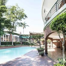 Faircity Falstaff Hotel in Johannesburg