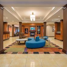 Fairfield Inn & Suites By Marriott Portland North in Portland