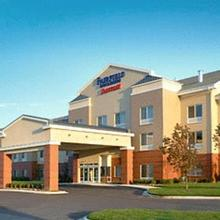Fairfield Inn & Suites Detroit Metro Airport Romulus in Detroit