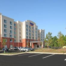 Fairfield Inn & Suites Raleigh-durham Airport/brier Creek in Durham