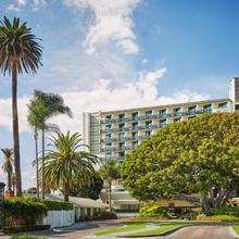 Fairmont Miramar Hotel & Bungalows in Los Angeles