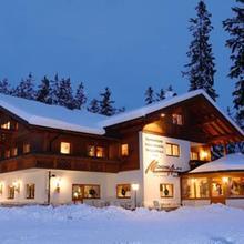 Familienhotel Moos-Alm in Schlaiten