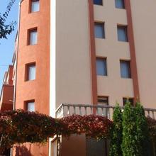 Family Hotel Saint Iliya in Tvurditsa