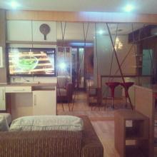 Family Room At Apartemen Gateway in Jakarta