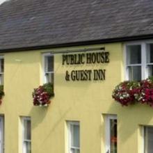 Finn MacCools Public House & Guest Inn in Stranocum
