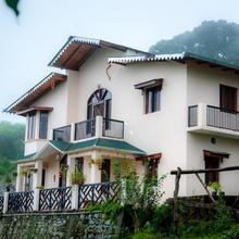 Firdaus Naukuchiatal in Kathgodam