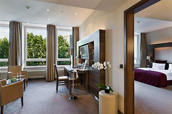 Fleming's Deluxe Hotel Frankfurt City in Frankfurt Am Main