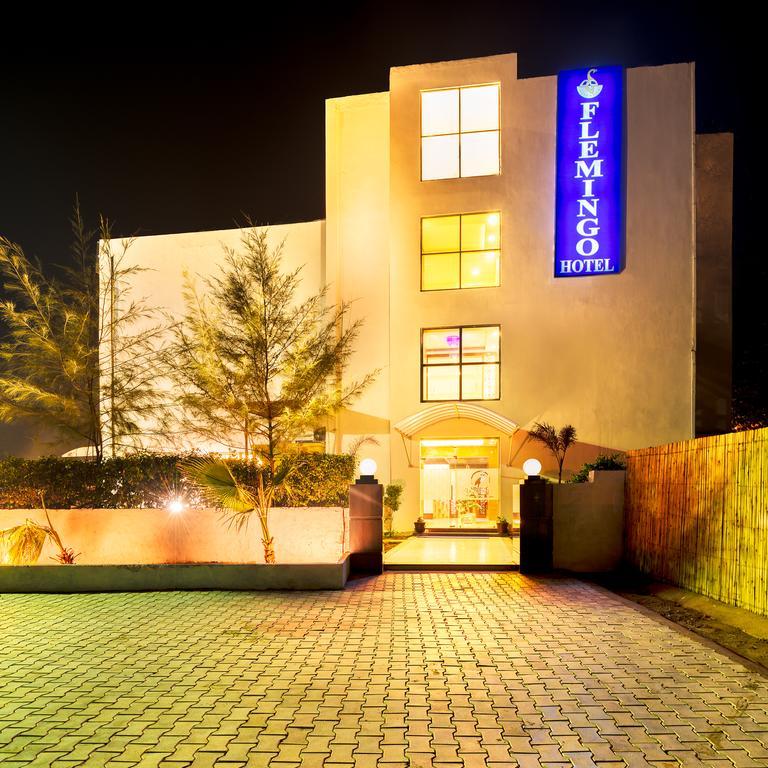 Flemingo Hotel in Dera Bassi