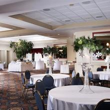 Four Points by Sheraton St. Catharines Niagara Suites in Pelham