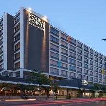 Four Points By Sheraton Windsor Downtown in Windsor