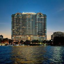 Four Seasons Hotel Cairo At Nile Plaza in Cairo