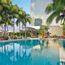 Four Seasons Hotel Miami in Miami