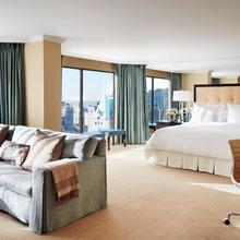 Four Seasons Hotel Vancouver in Vancouver