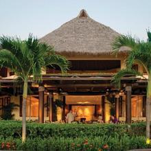 Four Seasons Resort Punta Mita in Higuera Blanca