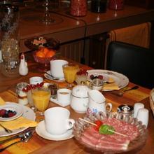 Full House Hotel in Bellegem