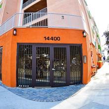 Fully Furnished Apartments Near Hollywood in San Fernando