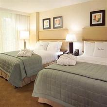 Gallery ONE Ft Lauderdale a DoubleTree Suites by Hilton Htl in Fort Lauderdale