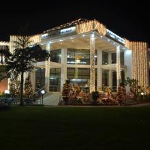 Gayatri Palace in Aligarh