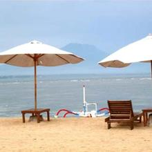 Gazebo Beach Hotel in Sanur