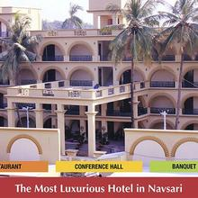 GD Hotel in Mahuvar