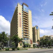 Gentle Grown Sanya Seashore Hotel in Sanya