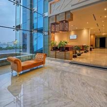 Ghaya Grand Hotel in Dubai