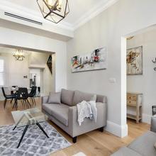 Glebe Modern 3 Bedroom House (98 Stj) in Sydney