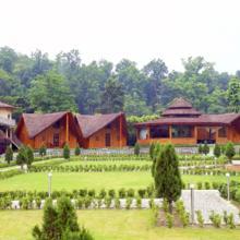 Glenville Resorts & Spa in Bullawala