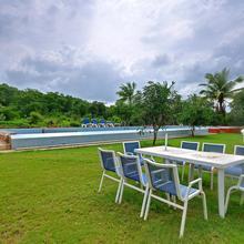 Gloriousgir Homestay Resort in Bherala