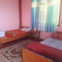 Golden Apple Retreat Homestay - Sillery Gaon in Kalimpong
