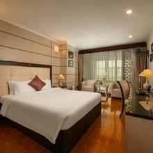 Golden Cyclo Hotel in Hanoi