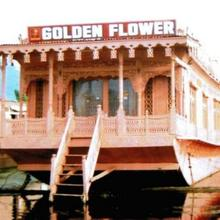 Golden Flower Heritage Houseboat in Srinagar
