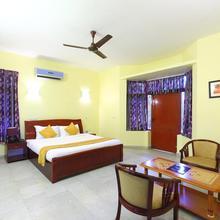 Golden Flowers Inn in Tambaram