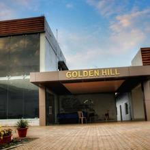 Golden Hill Hotel N Resort in Tumkur